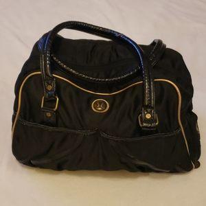 Lululemon multi pocket duffel style dance bag